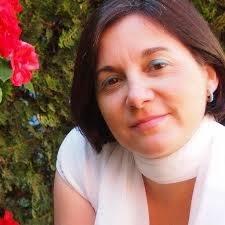 Susana Muñoz Bolaños. Licenciada en CC. Comunicación por la Universidad de Sevilla