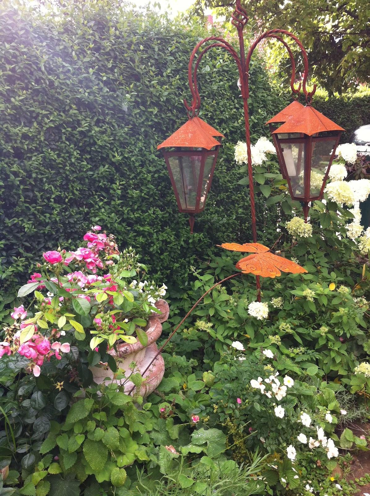 cottage dr beck sommer im cottagegarten. Black Bedroom Furniture Sets. Home Design Ideas