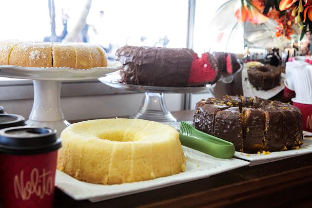 Café e compras no Extra Chique Outlet em Brasília
