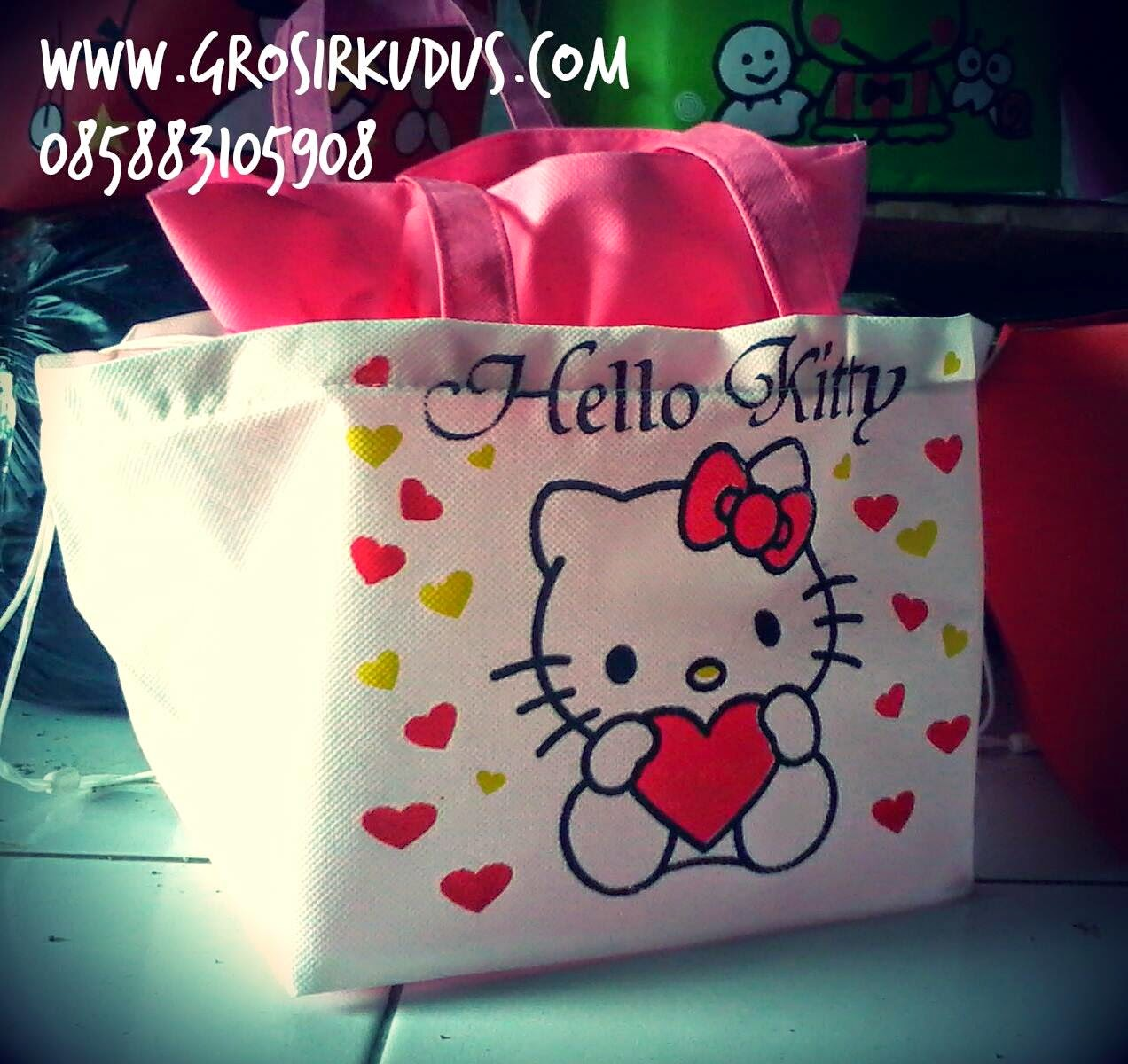 Tas Serut Hello Kitty