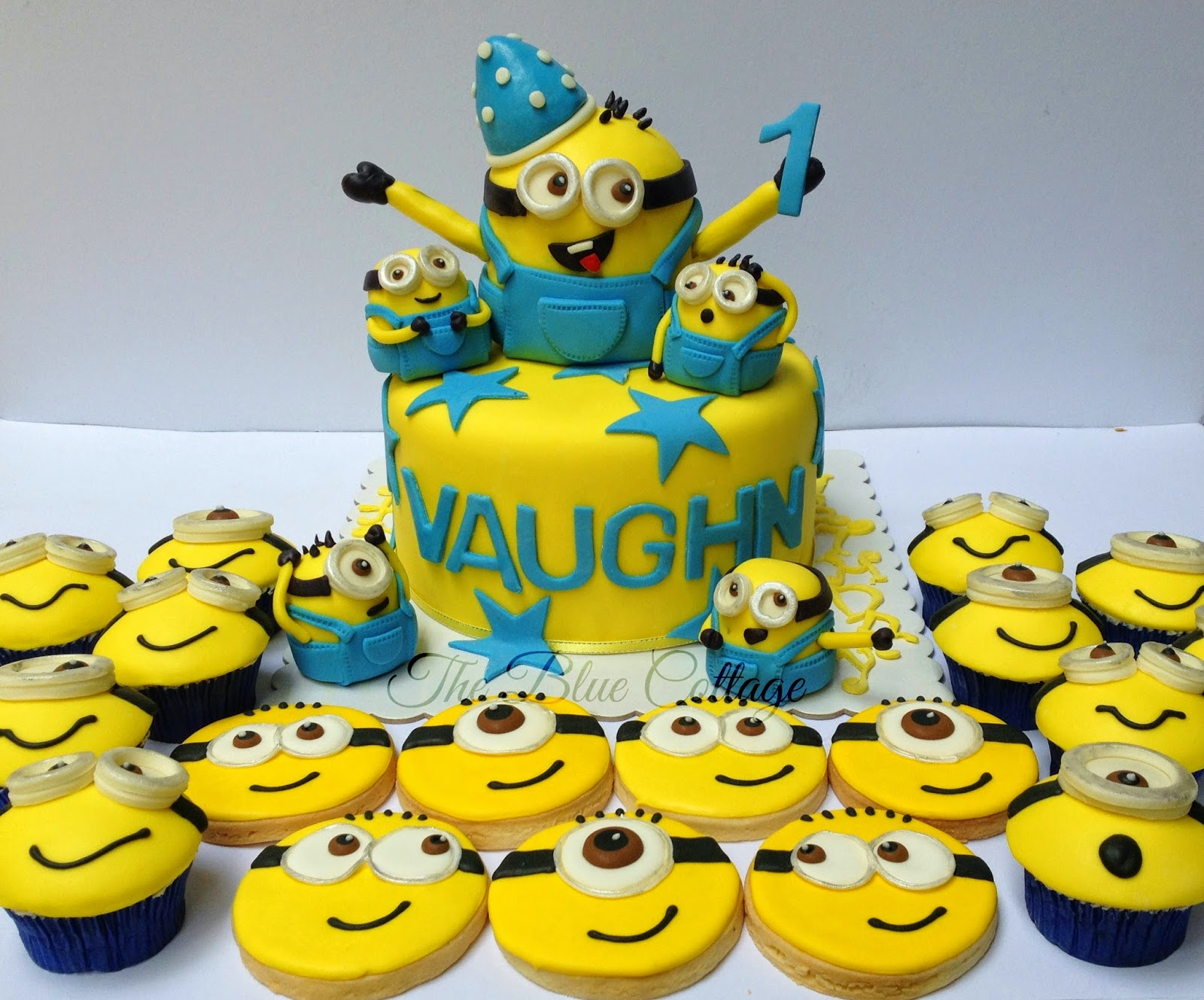 Birthday Cake Images Minions ~ The blue cottage fondant birthday cake cupcakes and sugar