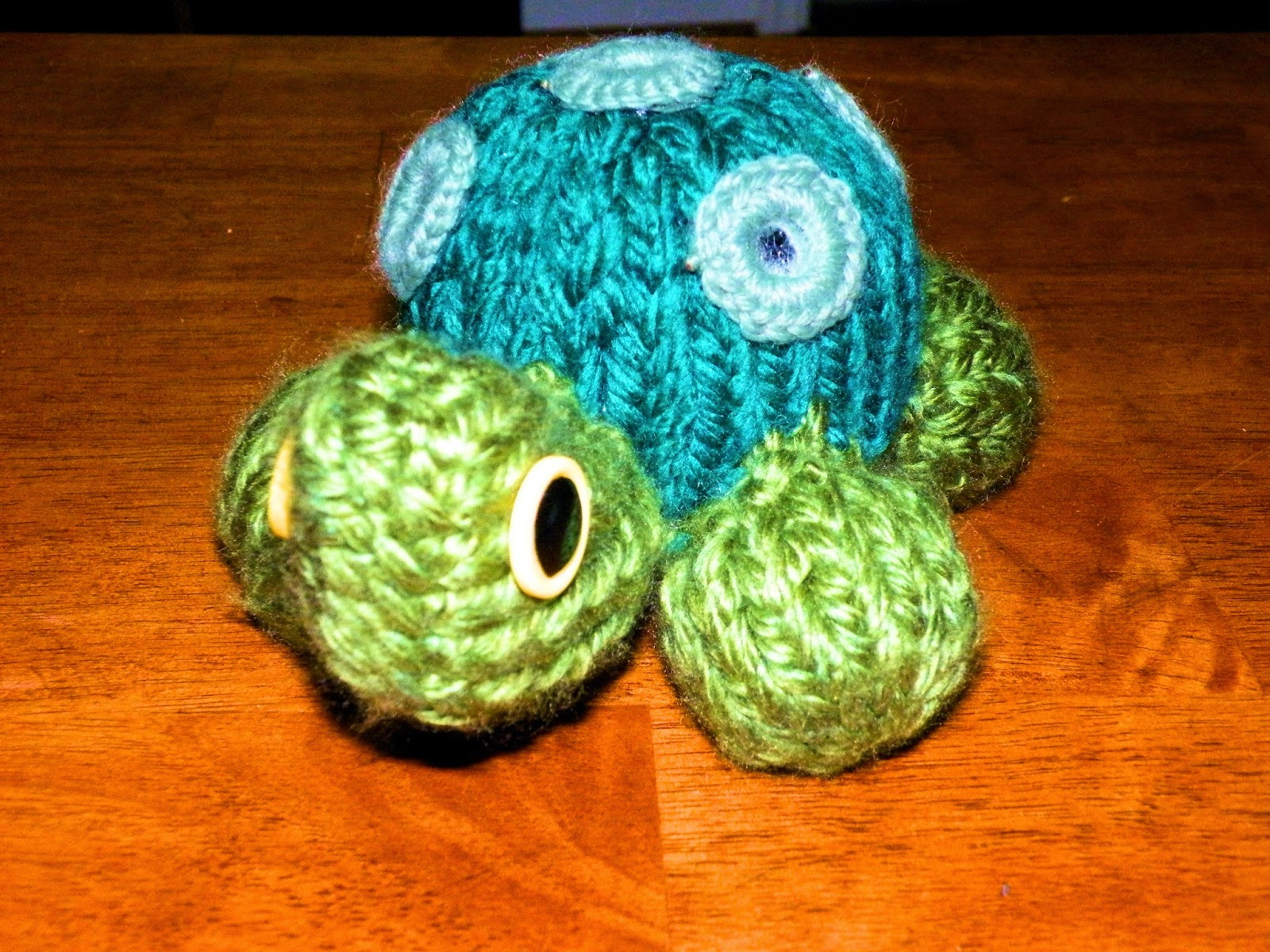 Knit Animal Patterns : The Loom Muse : How to Loom Knit a Turtle and Ladybug