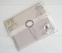 Shabby Vintage iPad Cover