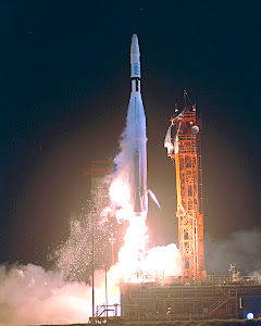 LAUNCH OF MARINER 1 ON 7/22/1962