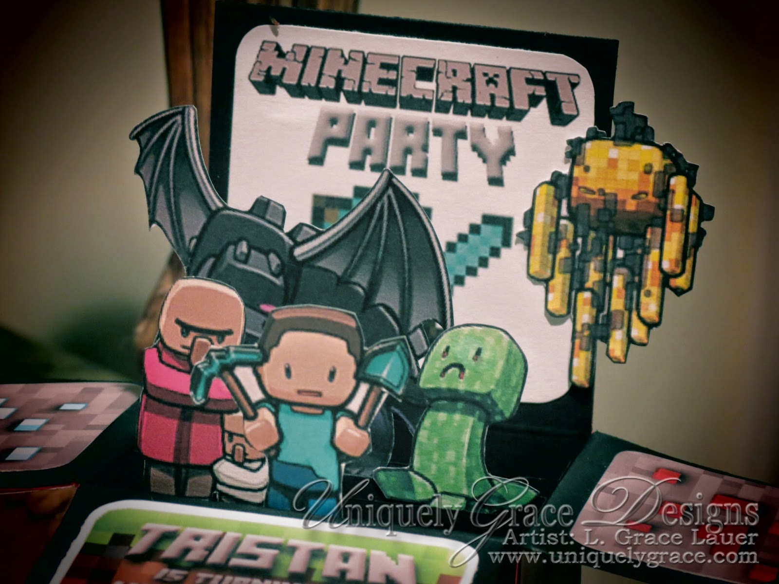 Minecraft 3D Box Birthday Party Invitations (click to enlarge)
