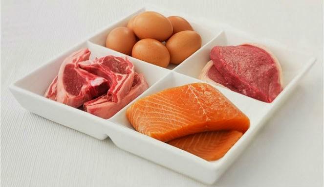 Makan Banyak Protein Sama Bahayanya Seperti Merokok