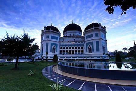 Masjid Raya Medan Sumatera Utara