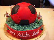 FOOTBALL CAKE