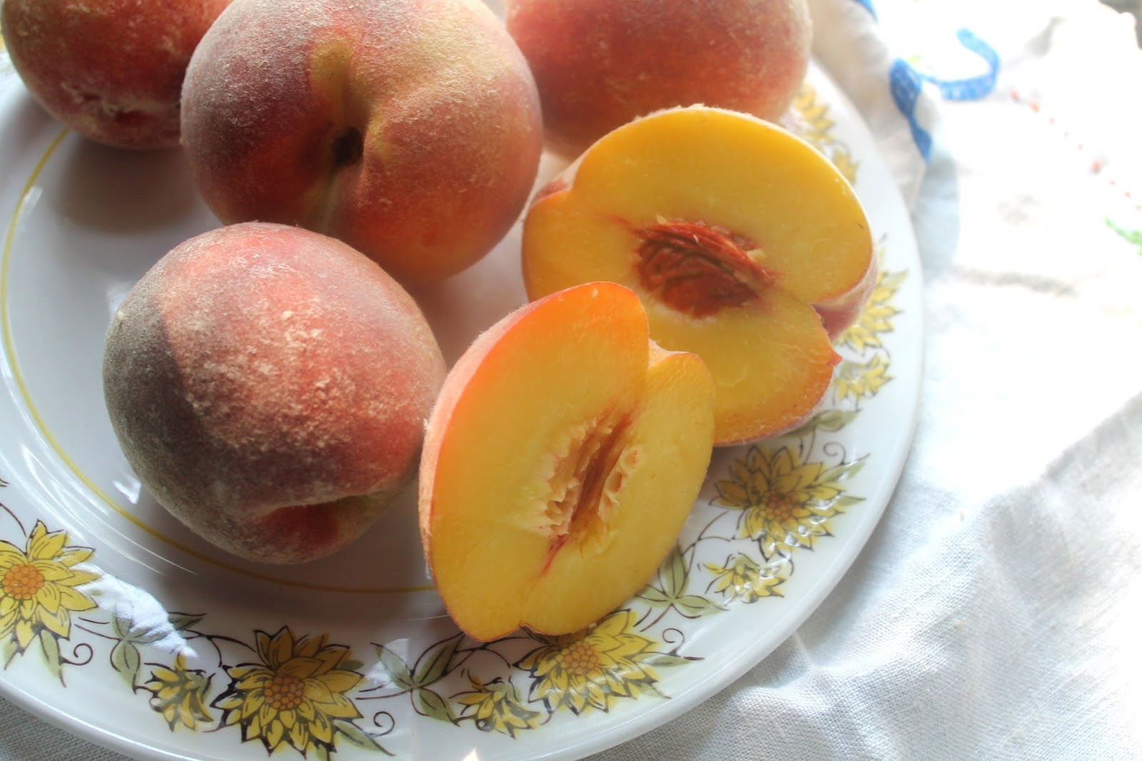 If you don't have fresh peaches, frozen will work.