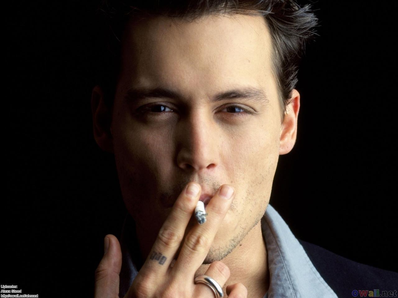 http://2.bp.blogspot.com/-i5DrdRYU_vs/T80ZgFDS4DI/AAAAAAAAAJ0/pV-5IeiilJc/s1600/johnny+depp+smoking+05.jpg