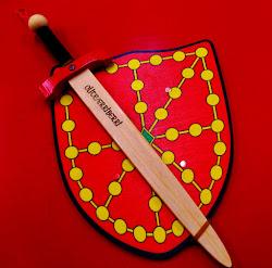 Escudos y espadas de madera