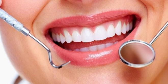Cara Mencegah Karang Gigi Sendok Piring Garpu