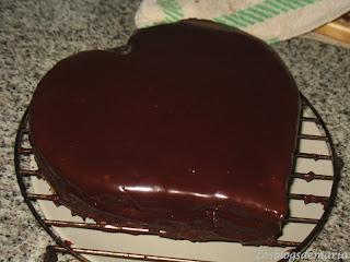 Tarta de corazón de chocolate