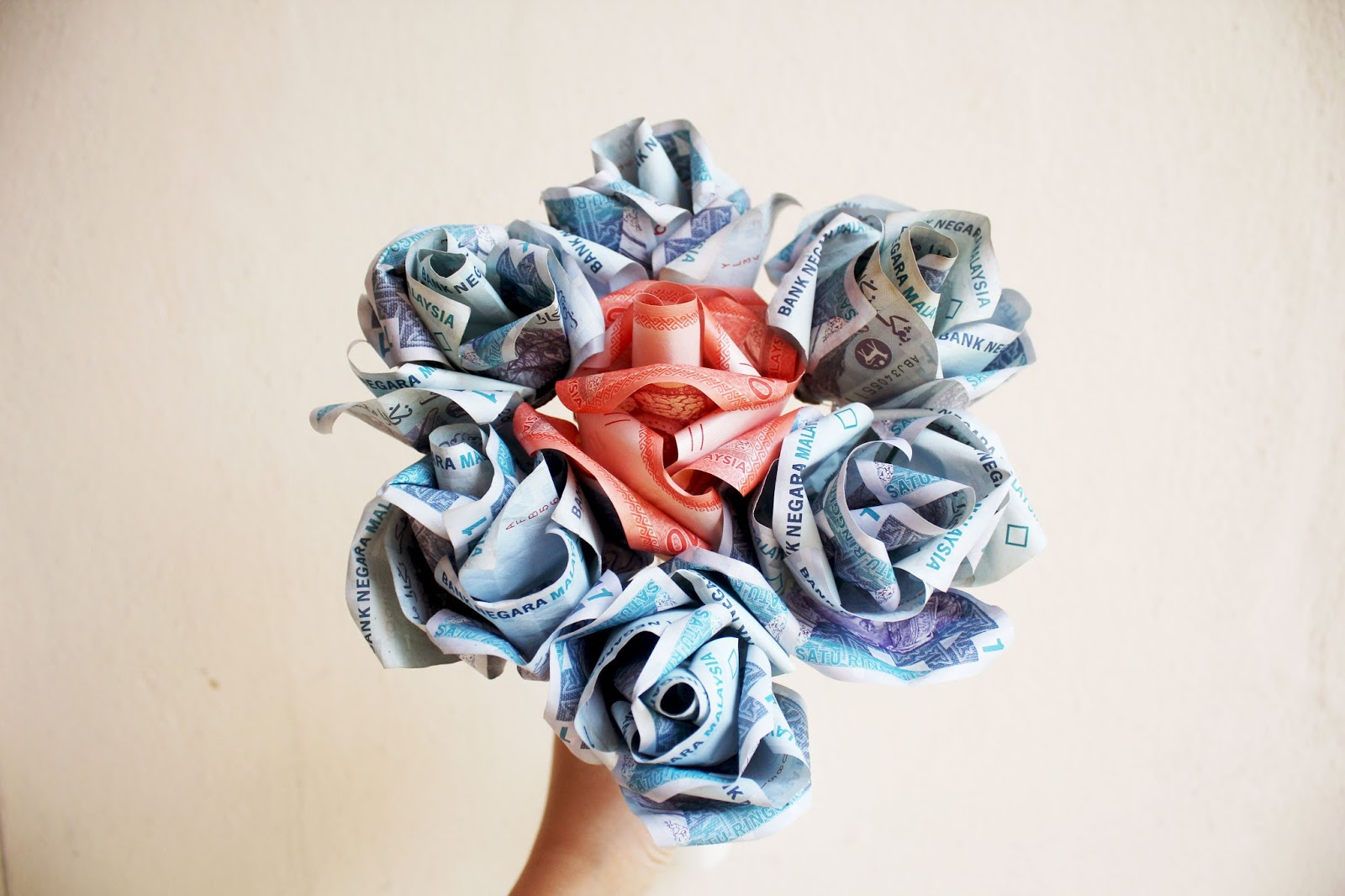 Fantastic How To Make Money Flowers Bouquet Adornment - Best Evening ...