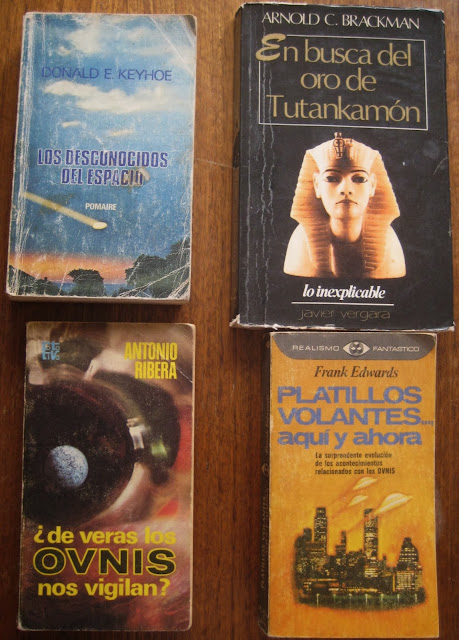 Los libros de regalo para los participantes
