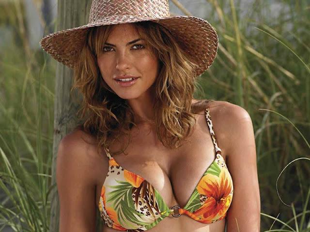 Fernanda Mello sexy picture