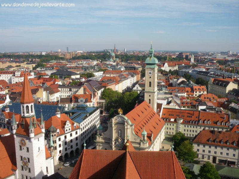 Vistas de Munich desde la torre de Sankt Peter