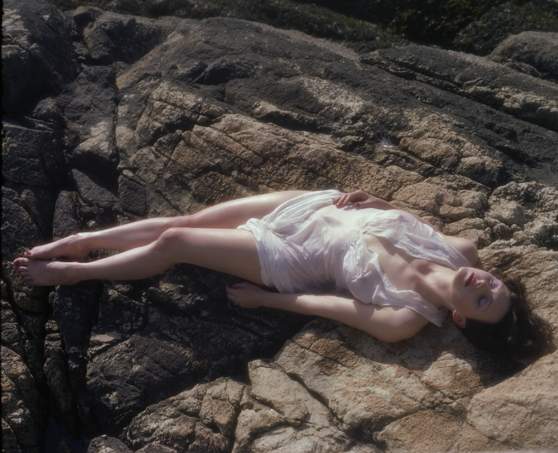 Linda Kelsey Porn images Ariana Grande,Avril Guerrero DOM