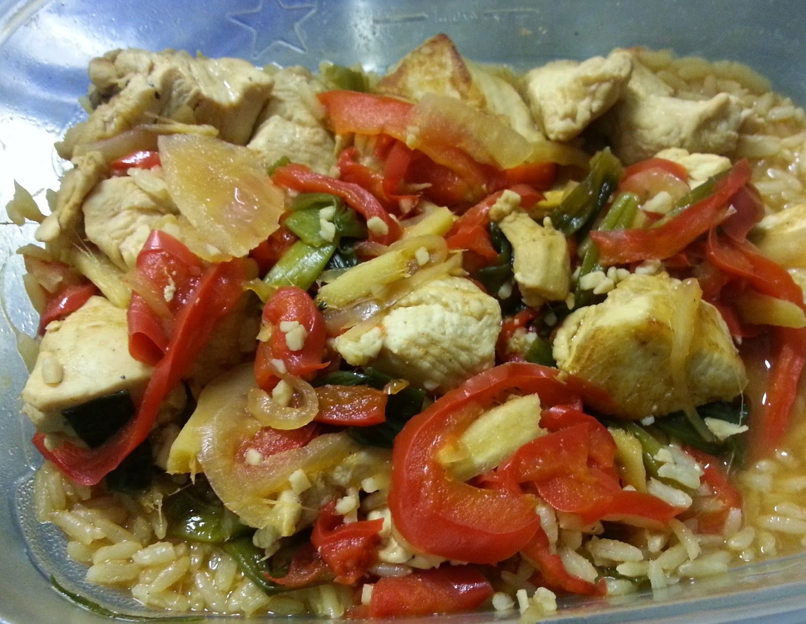 Healthy recipe thai garlic ginger chicken st fry digg deep healthy recipe thai garlic ginger chicken st fry forumfinder Image collections