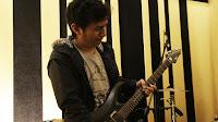 Hendy the guitarist (SYLVIA Single Album: PATH)