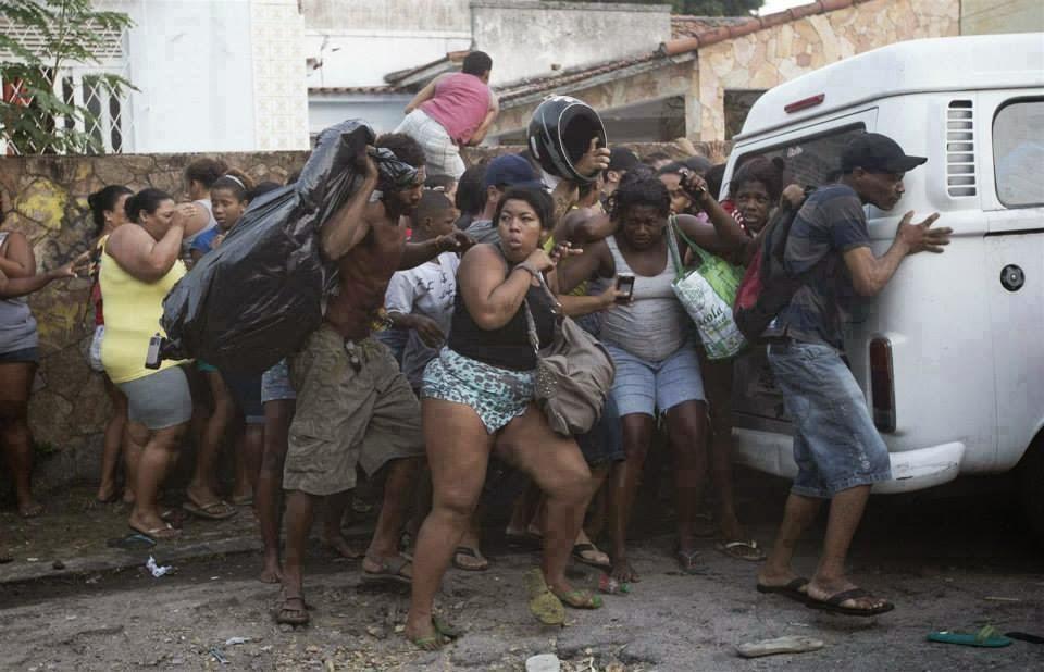 Dossier Brésil, foot, pauvricide