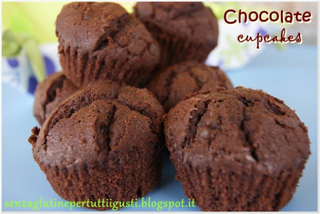 cupcakes al cioccolato senza glutine e buttercream frosting per i più coraggiosi!