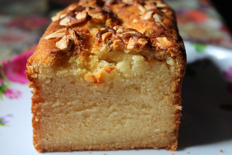 Carrot Pound Cake Eggless