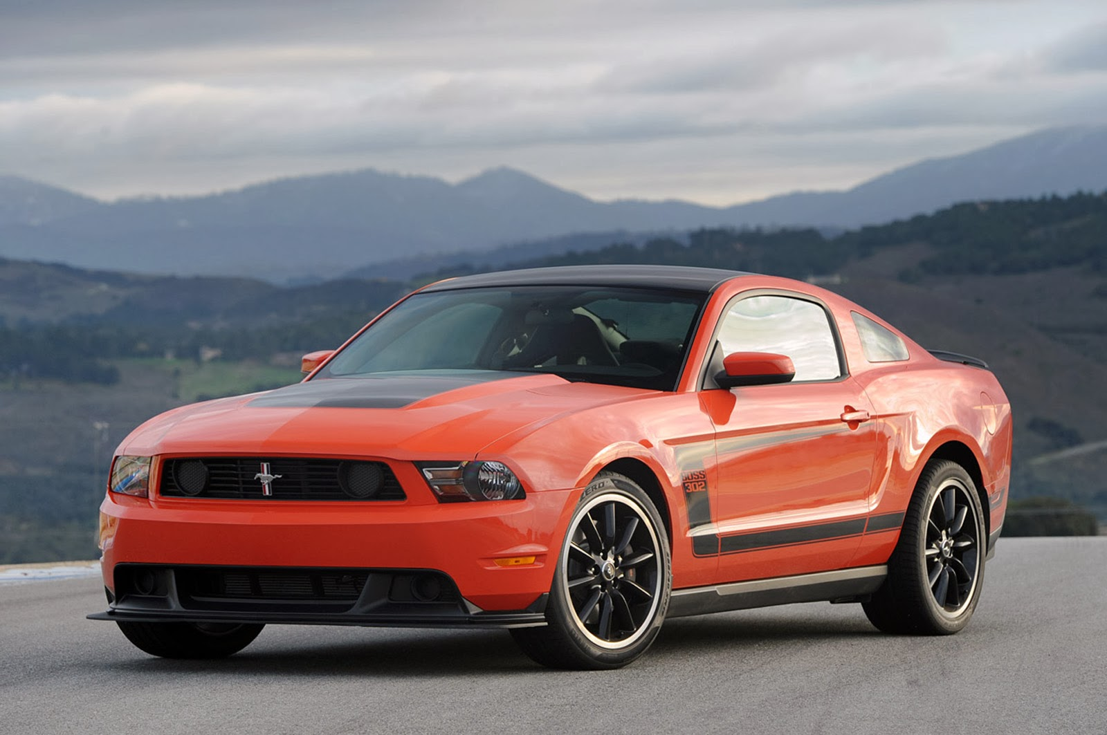 diecast hobbist 2012 ford mustang boss 302. Black Bedroom Furniture Sets. Home Design Ideas