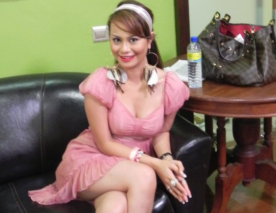 Rebeca Nur Islam Bikin Kontroversi Lagi 3 Gambar