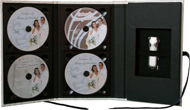 Estuche para DVD + USB con 4 CD/DVD