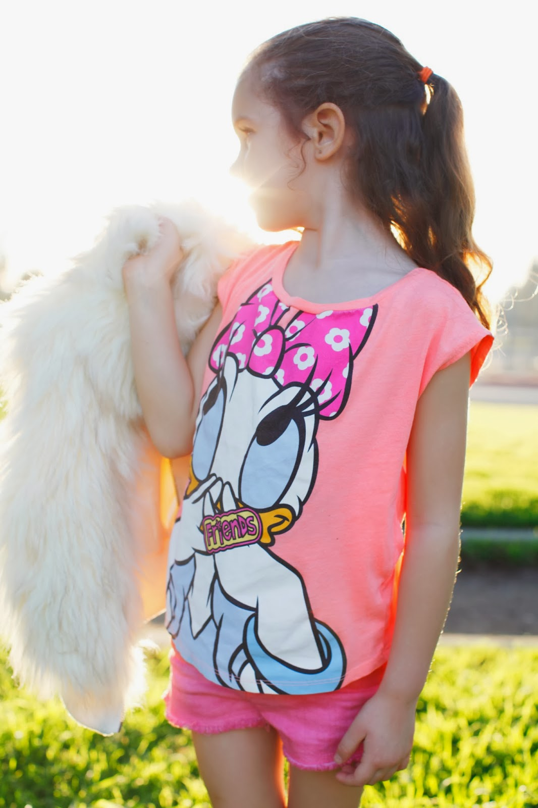 Daisy friends shirt