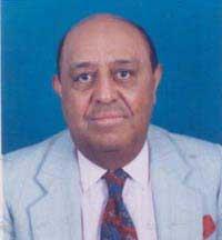Dr. Virgilio Decán (Aly Khan)