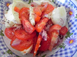 Ensalada de Tomate Pera y Mozarella