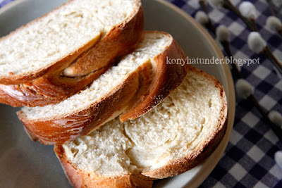 sliced_milk_loaf