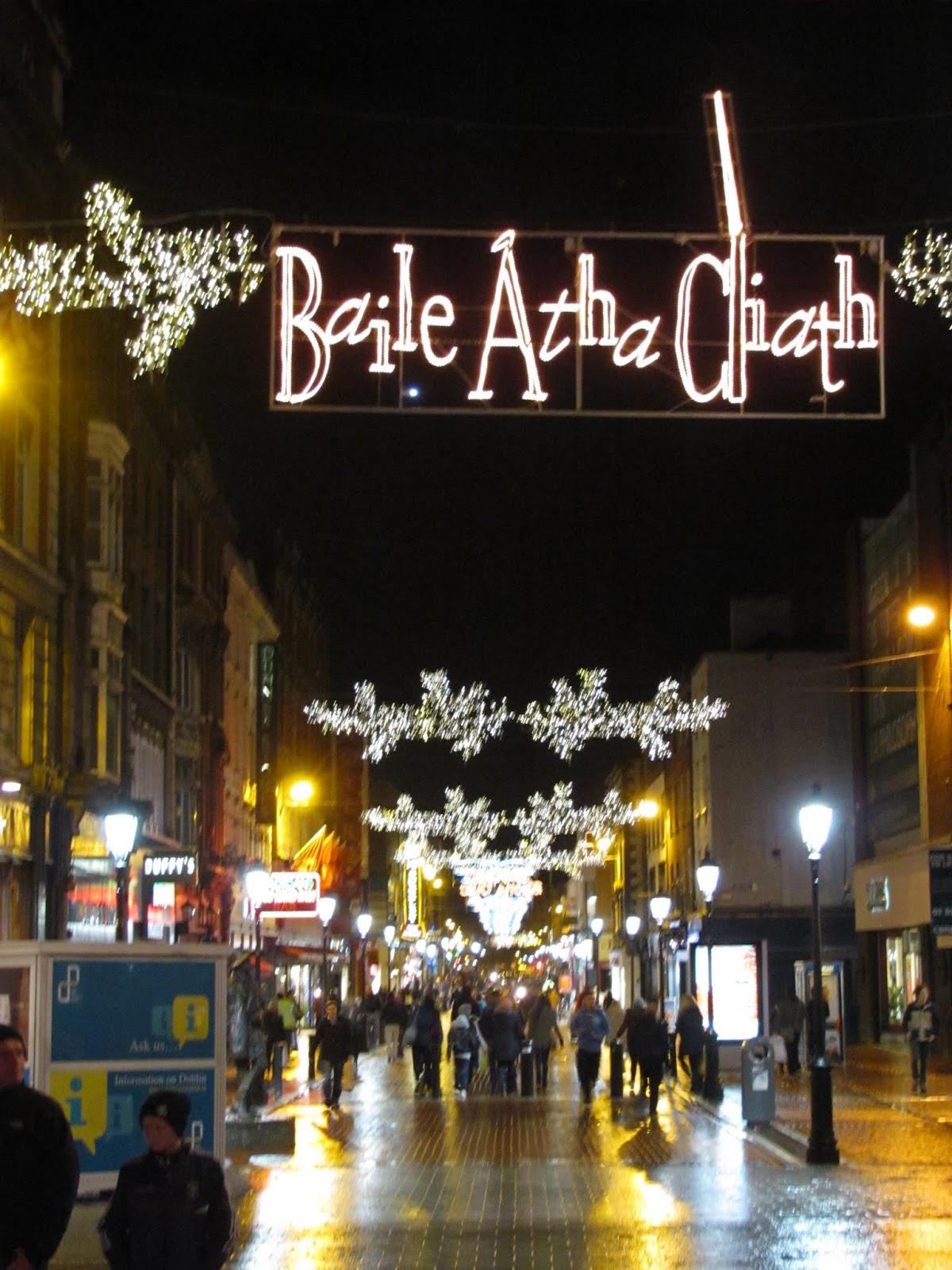 Christmas lights spell out Baile Atha Cliath or Dublin City