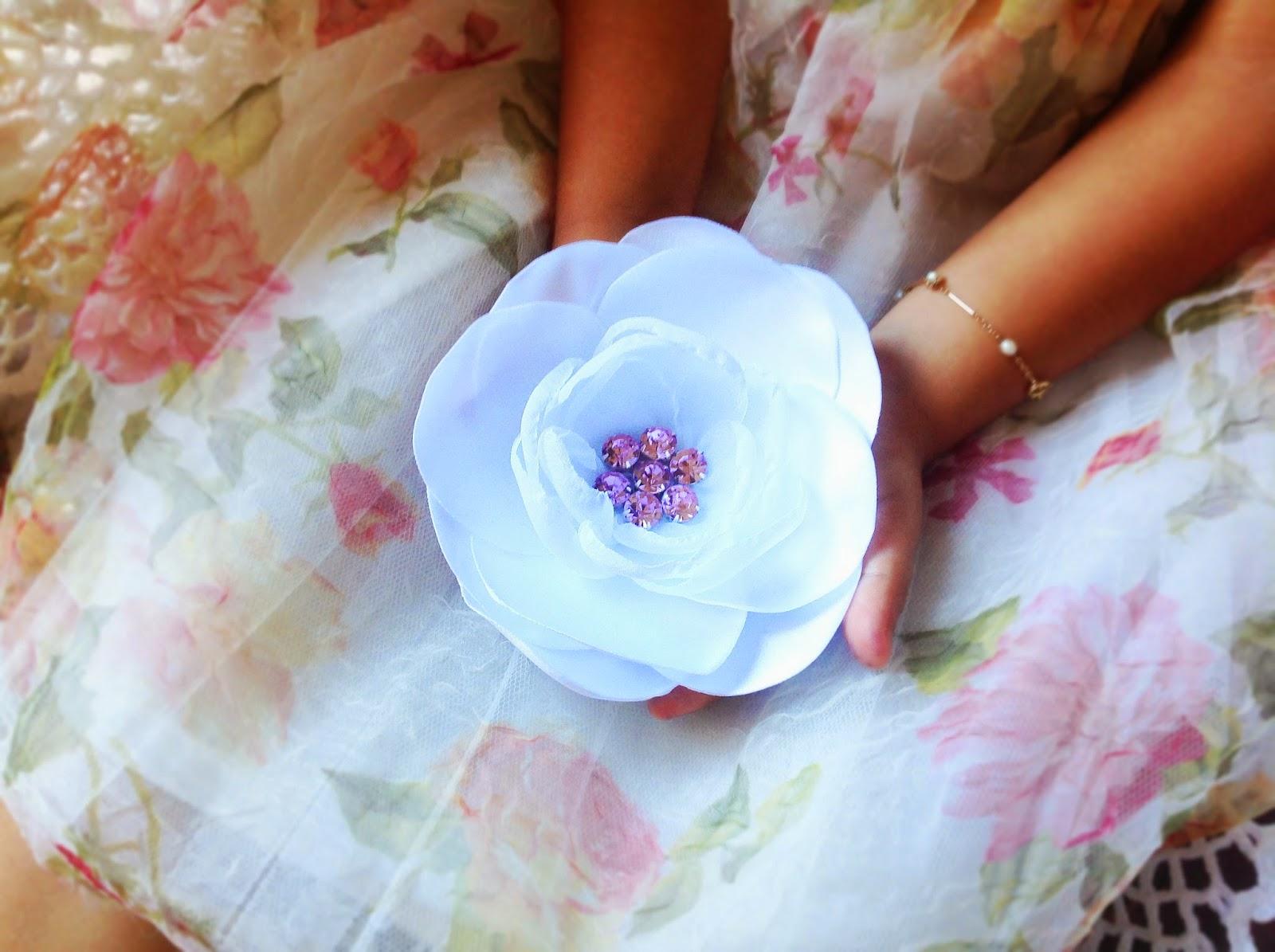 Ring bearer girl accessories