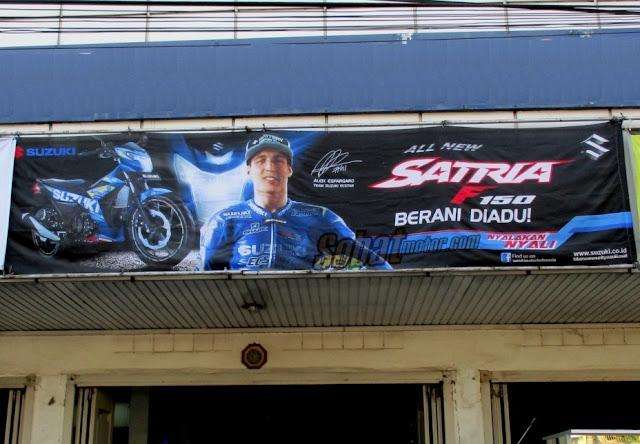 Spanduk Suzuki Satria F150 Injeksi sudah terpampang di salah satu dealer kota Medan . . bentar lagi rilis?