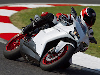 2012 Ducati 848 EVO Gambar Motor 3
