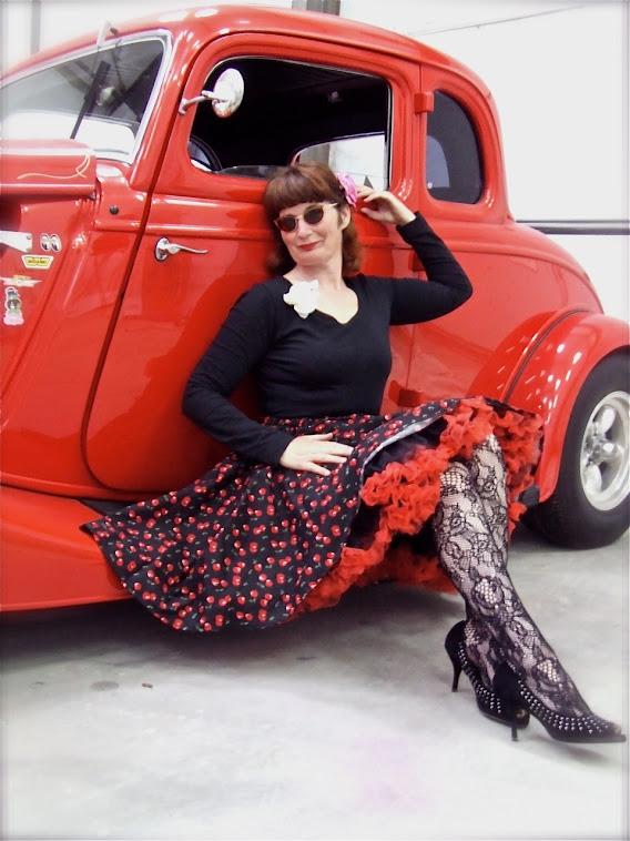Joke wearing a black cherry swingskirt