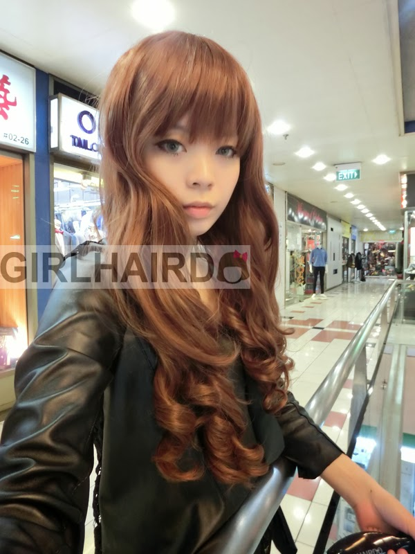 http://2.bp.blogspot.com/-i85W5E77kec/UyGHQeirrCI/AAAAAAAARrQ/R7JmxhIZoHg/s1600/CIMG0057+++girlhairdo+wig+shop+where+to+buy+wig+nice+curly+long+wig+singapore+hair+extensions.JPG
