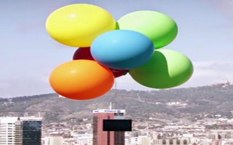 Uji Keringanan, Tablet Xperia Z4 Diterbangkan dengan Balon