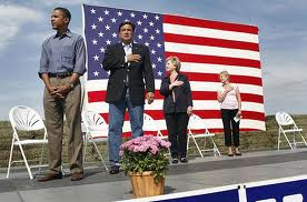 Obama doesn't follow protocol when the National Anthem is played