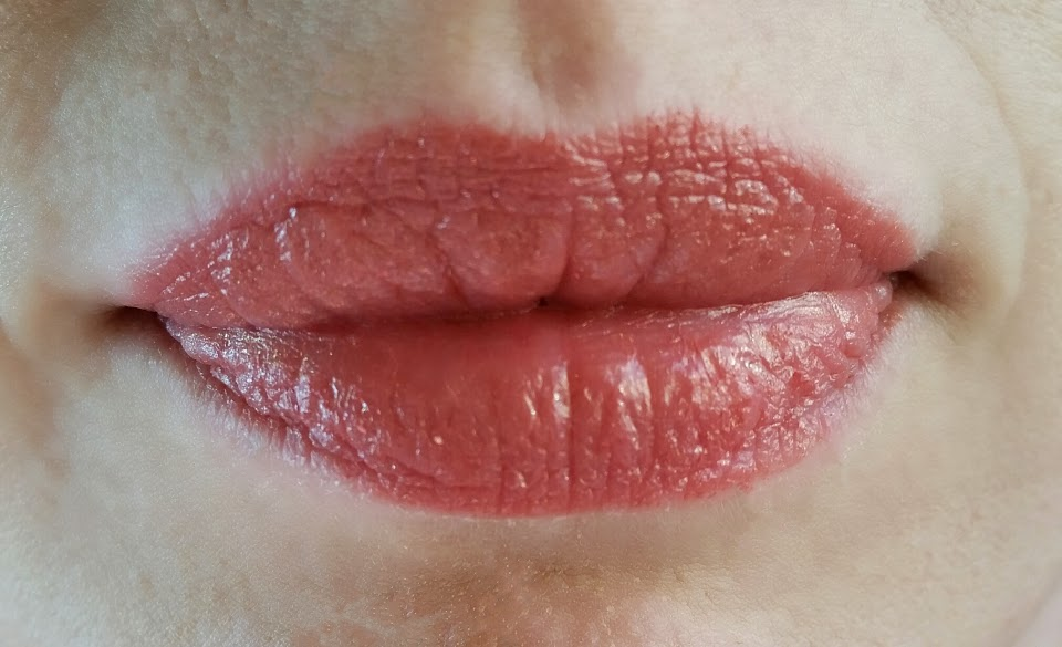 Hard Candy Plumping Serum Gel Lipstick Admired