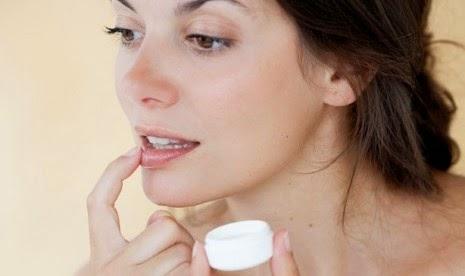 Tips Mengatasi Bibir Pecah-Pecah