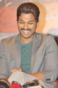Allu Arjun latest stylish photos-thumbnail-10