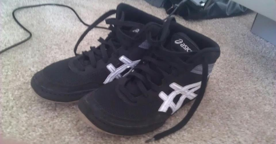 Cheap Used Wrestling Shoes