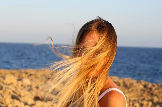 Волосы на ветру