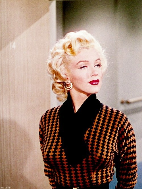 Marilyn Monroe wears her brown outfit in Gentlemen Prefer Blondes