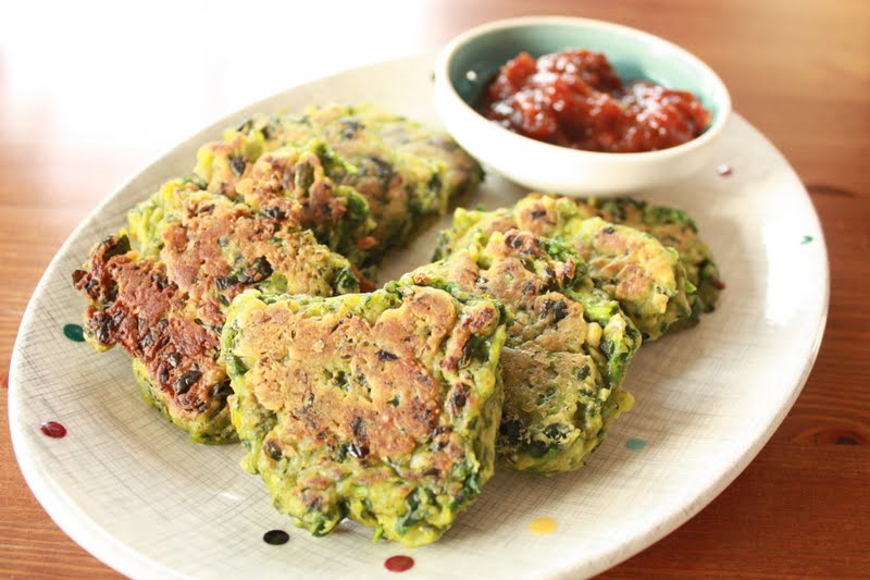 Suburban Homemade: Spinach, Feta and Pesto Fritters