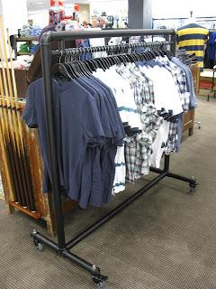 Custom Waterpipe Old Style Retail Display Rack